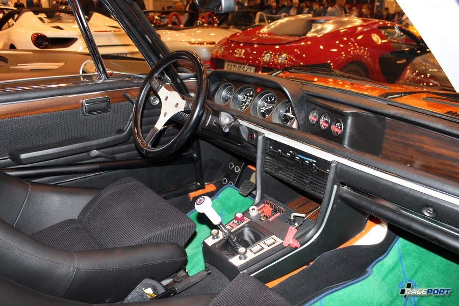 BMW E9 Alpina interior