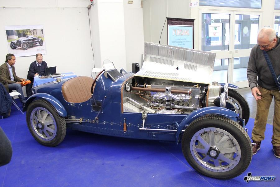 И еще Bugatti Type 35B, 8 цил., 2,3 л, 150 л. с. 210 км/ч 750 кг