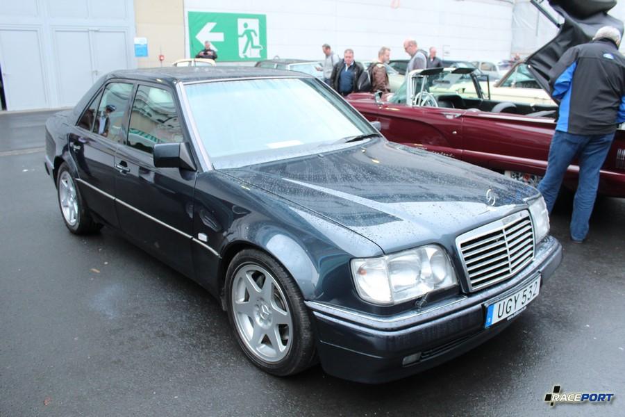 1995 Mercedes Benz E500 Limited Edition W124; 90910 km 40 000 Euro