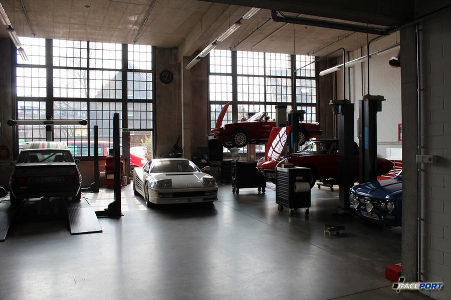 Одна из не многих мастерских в Ремиз, здесь работают с итальянками