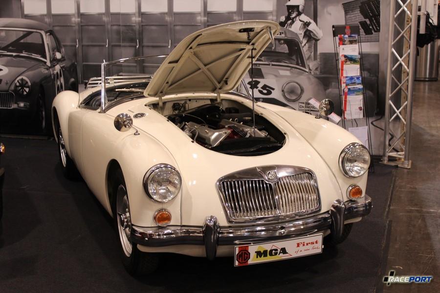 1958 г.в. MGA Twin cam у этой модели юбилей 60 лет