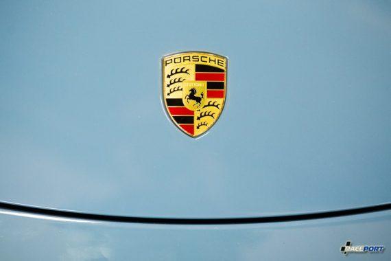 Porsche 911 Carrera S окрас в цвет Aetna Blue