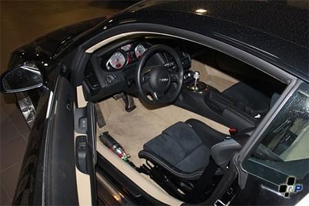 Установка ковшей на Audi R8
