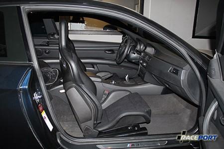 Установка Recaro Sportster на BMW M3 E92