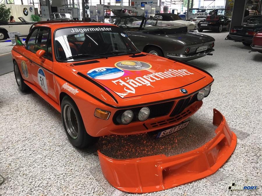 BMW E9 CSL гоночный вариант в расцветке Jagermeister