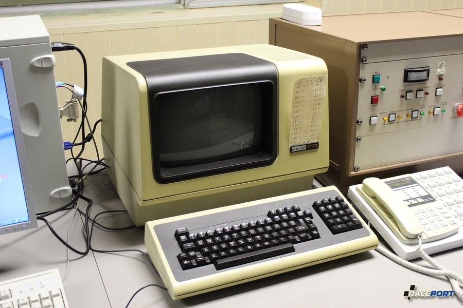 Технологии 20 века работают до сих пор, а сейчас все ломается каждые три года.