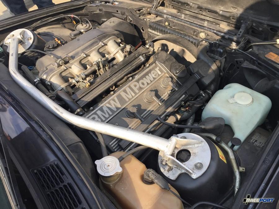 Двигатель S14 от BMW M3 E30