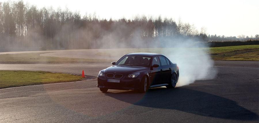 BMW M5 E60 Drift