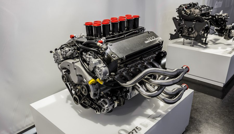 bmw motor v12 p75 LMR