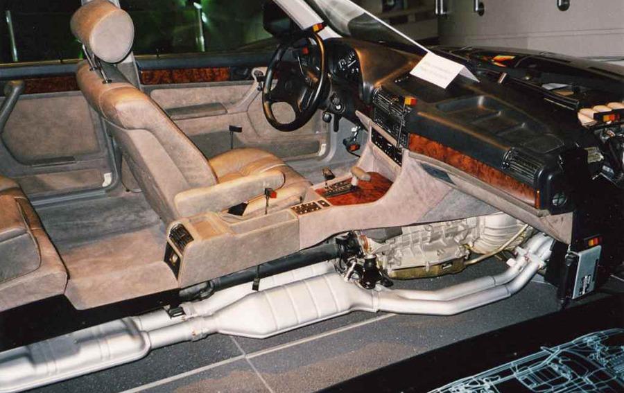 BMW E32 interior