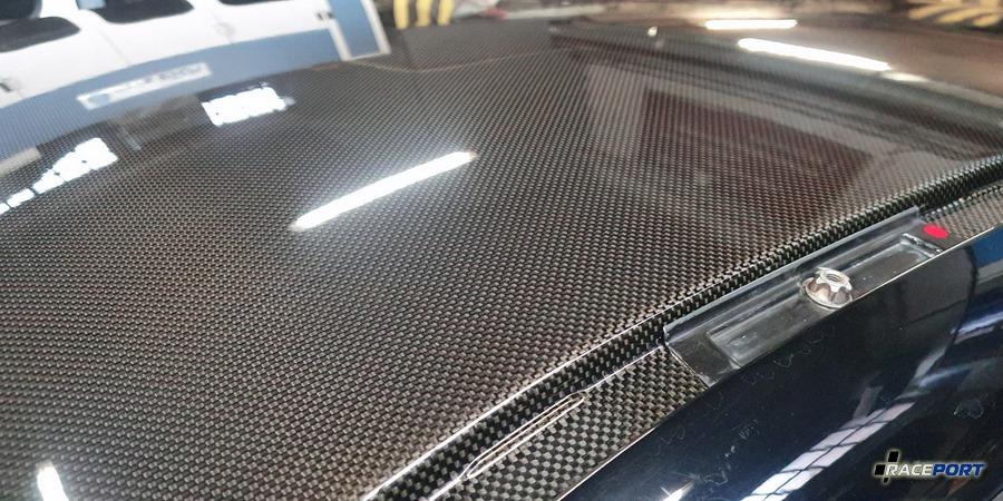 Ремонт крыши из карбона в Рейспорт на БМВ М3